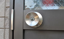 勝手口の鍵修理での家・建物の鍵トラブル